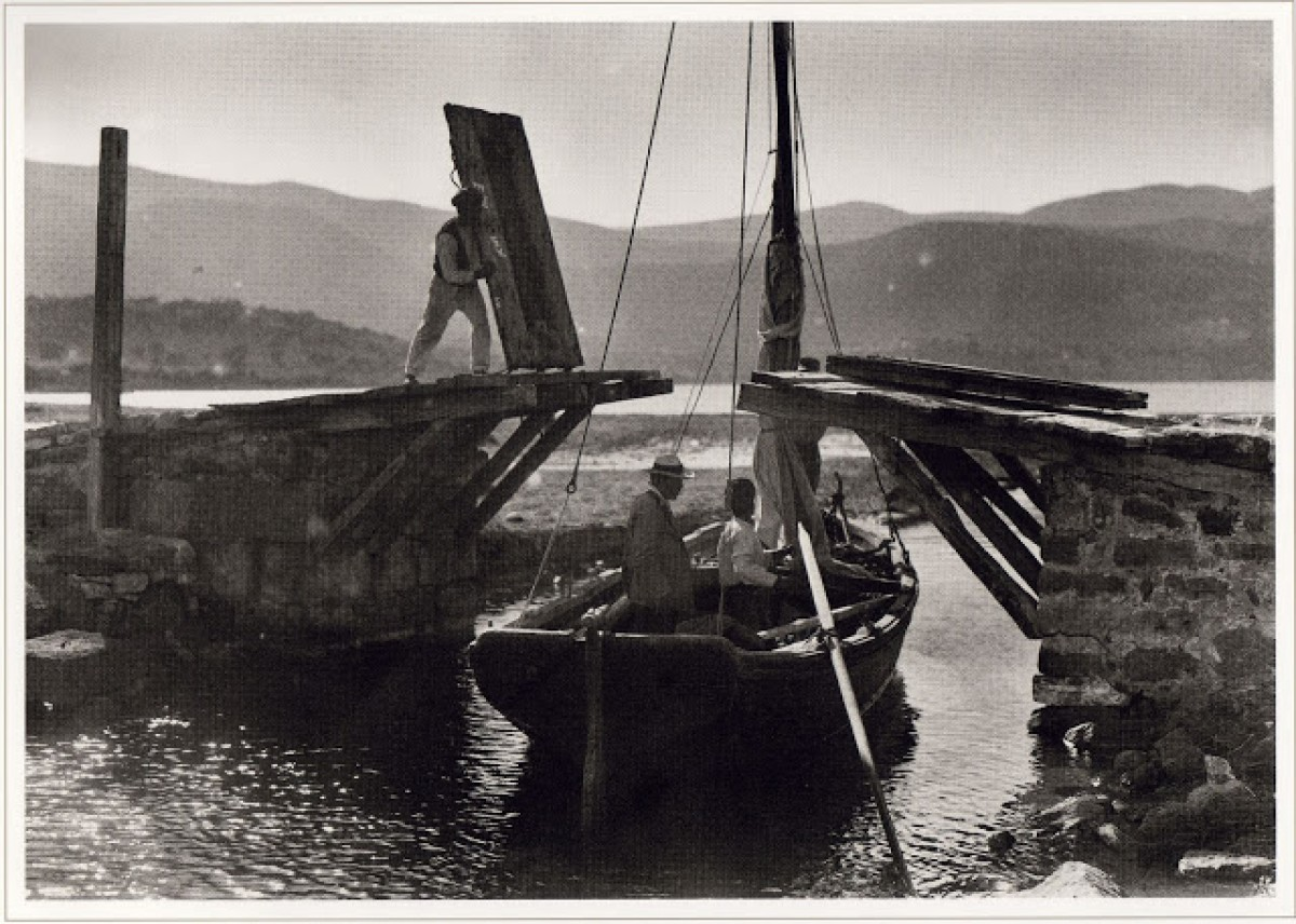 Γέφυρα στο κανάλι Ελόυντας