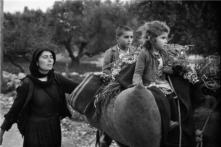 Κρήτη: Επιστροφή από τους αγρούς, Κρίτσα