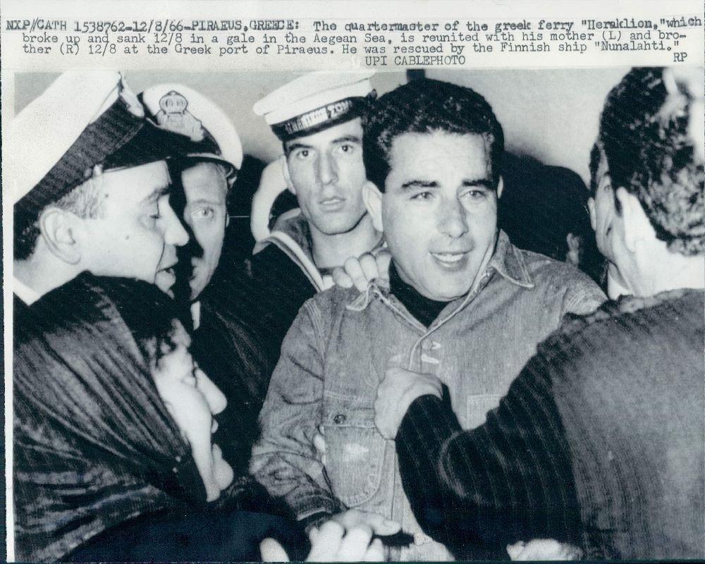 8 Δεκεμβρίου 1966: To Ναυάγιο του Ηράκλειον στα παγωμένα νερά της Φαλκονέρας – Σπάνια ντοκουμέντα | Βίντεο
