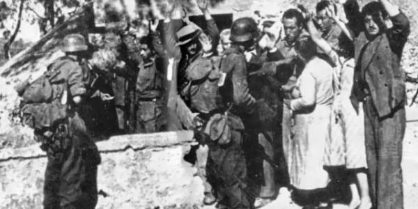 """6 Οκτώβρη 1943, το έγκλημα του Σούμπερτ στην Καλή Συκιά: """"Βουίζουν ακόμα τα αυτιά των κατοίκων από τα ουρλιαχτά των γυναικών"""" - Ντοκιμαντέρ"""