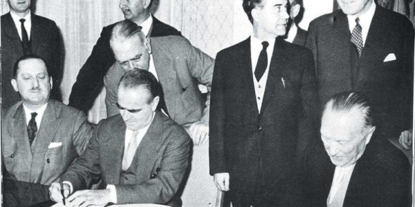 Σαν σήμερα πριν 62 χρόνια, η Ελλάδα με υπογραφή Καραμανλή ενέκρινε το κούρεμα του γερμανικού χρέους