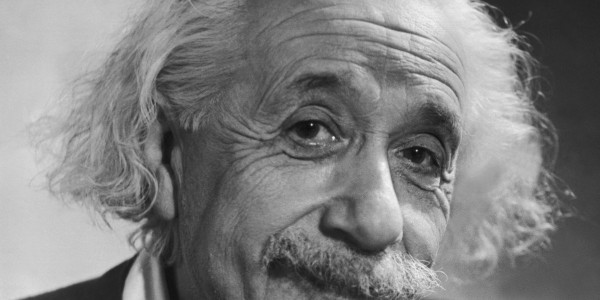 Για ποιο λόγο ο Άλμπερτ Άινσταϊν έστειλε τηλεγράφημα και διαμαρτυρήθηκε έντονα στον Ελευθέριο Βενιζέλο;
