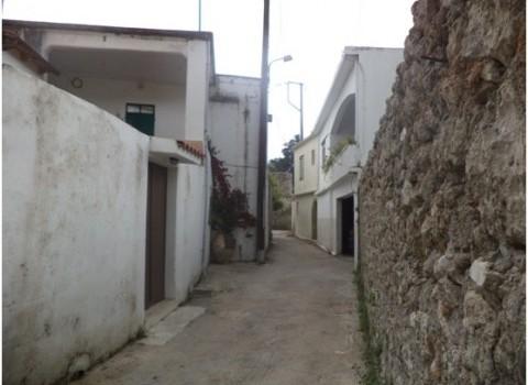 Το «Μακρύ Στενό» του χωριού όπως το έχουν ονομάσει οι κάτοικοι…