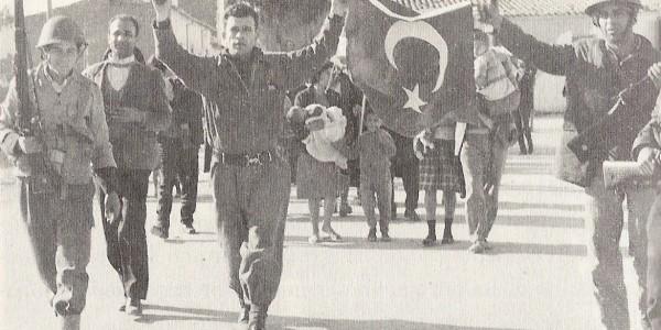 Από το ελλαδικό πραξικόπημα στην τουρκική εισβολή: H μοιραία αυτοσυγκράτηση των ελληνικών δυνάμεων τις πρώτες κρίσιμες ώρες παραδίδει ουσιαστικά την Κύπρο στον Αττίλα