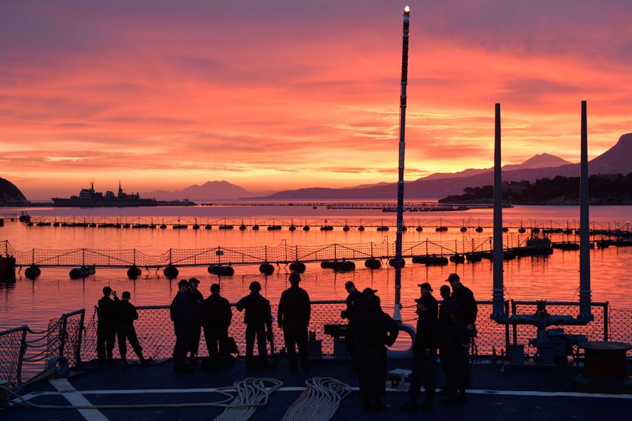 U.S. sailors aboard USS Ross conduct sea and anchor detail before departing Souda Bay, Greece, Jan. 10, 2016.