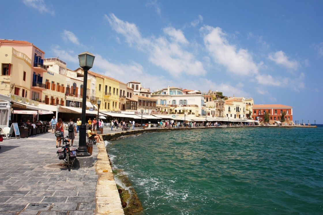 palia-polh-chaniwn-jenodocheia-enoiazomena-dwmatia-kai-touristikes-plhrofories-view-of-the-old-port-of-chania-crete-63-80c6