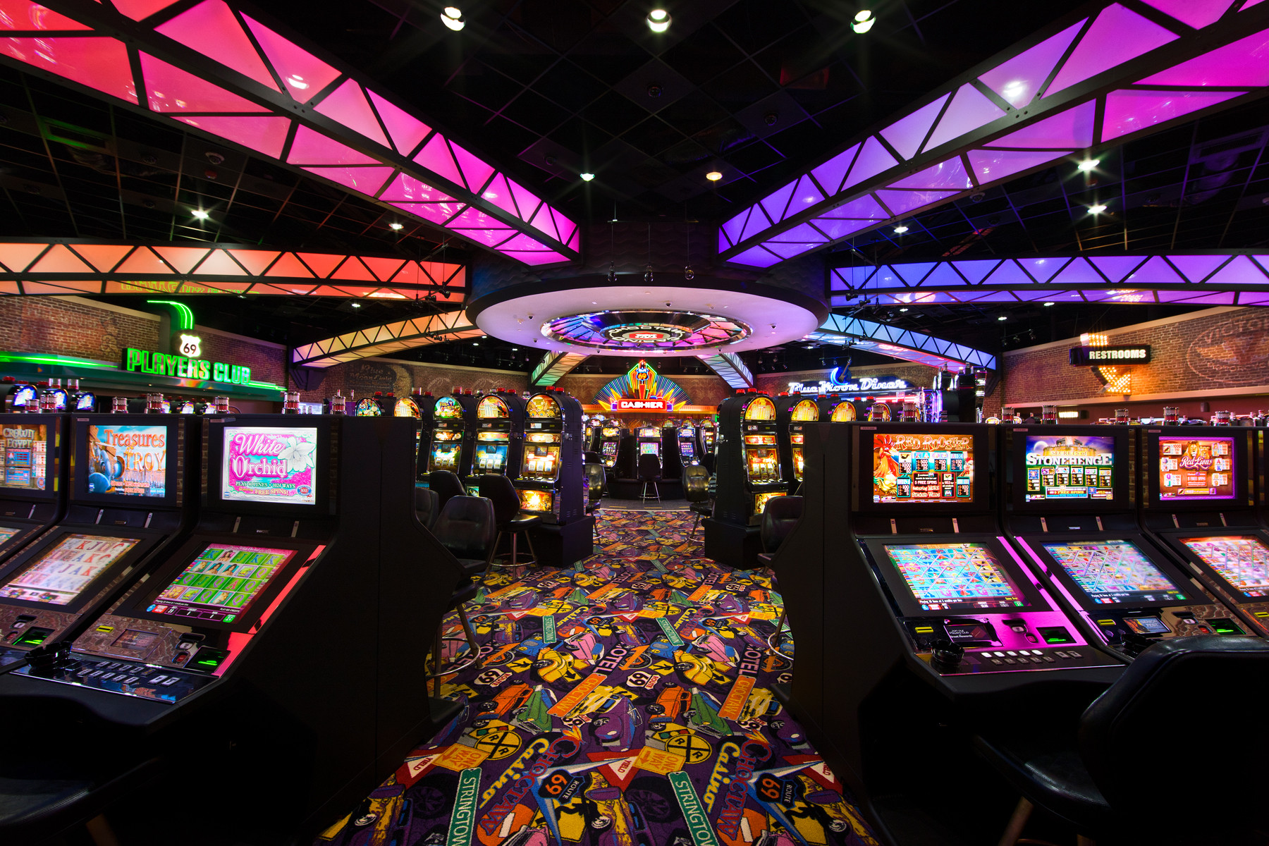 Route-69-Casino-Interior-casino-design-1800x1200