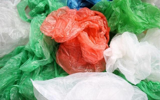 Γερμανία: Προς οριστική απαγόρευση της πλαστικής σακούλας