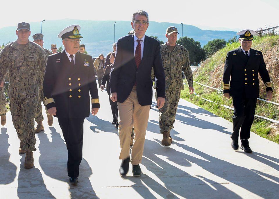 Επίσκεψη Πάιατ στην Αμερικάνικη Βάση της Σούδας εν μέσω ελληνοτουρκικής κρίσης  | Φωτός
