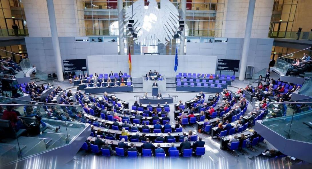 Κόλαφος για Ερντογάν: Παράνομο το μνημόνιο Τουρκίας-Λιβύης λέει η γερμανική Βουλή – Με το να «αρνείται» την ελληνική ΑΟΖ νοτιοανατολικά της Κρήτης παραβιάζει τη Σύμβαση του Διεθνούς Δικαίου Θαλάσσης