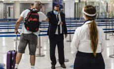 Με αισιοδοξία ξεκίνησαν οι πρώτες πτήσεις από το εξωτερικό σε Χανιά και Ηράκλειο | Βίντεο