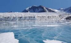 Ανακαλύφθηκαν 91 ηφαίστεια κάτω από τους πάγους της Ανταρκτικής