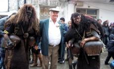 Αποκριές και αποκριάτικα έθιμα στην Κρήτη: Η Σιβιανή μάσκα, οι Αρκουδιάρηδες και οι Λεράδες, και το έθιμο του Καδή | Φωτός