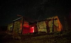 """To όνειρο της Καλυψώς"": Μια καταπληκτική νυκτερινή ιστορία ανάμεσα στην Γαύδο και το Σύμπαν | Βίντεο"