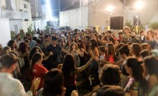 Πανζουρλισμός στο φεστιβάλ στο Χουδέτσι | Φωτορεπορτάζ