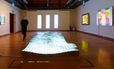 """Συνεχίζεται με μεγάλη επιτυχία η Έκθεση της Αντωνίας Παπατζανάκη """"Φωτομετρίες"""" στη Δημοτική Πινακοθήκη Χανίων"""