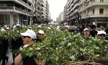 Μεγάλη πορεία στην Θεσσαλονίκη ενάντια στην εξόρυξη χρυσού στις Σκουριές | Φωτός