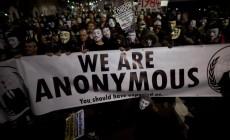 "Remember, remember, the 5th of November: Η συνωμοσία της πυρίτιδας του Γκάι Φωκς – Χιλιάδες ""Γκάι Φωκς"" στους δρόμους κατά της λιτότητας | Φωτός + Βίντεο"