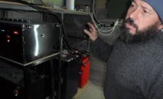 Μ. Καλογεράκης: Ο πολυμήχανος Κρητικός που «εφηύρε» μία ζωή χωρίς ΔΕΗ και καύσιμα | Βίντεο