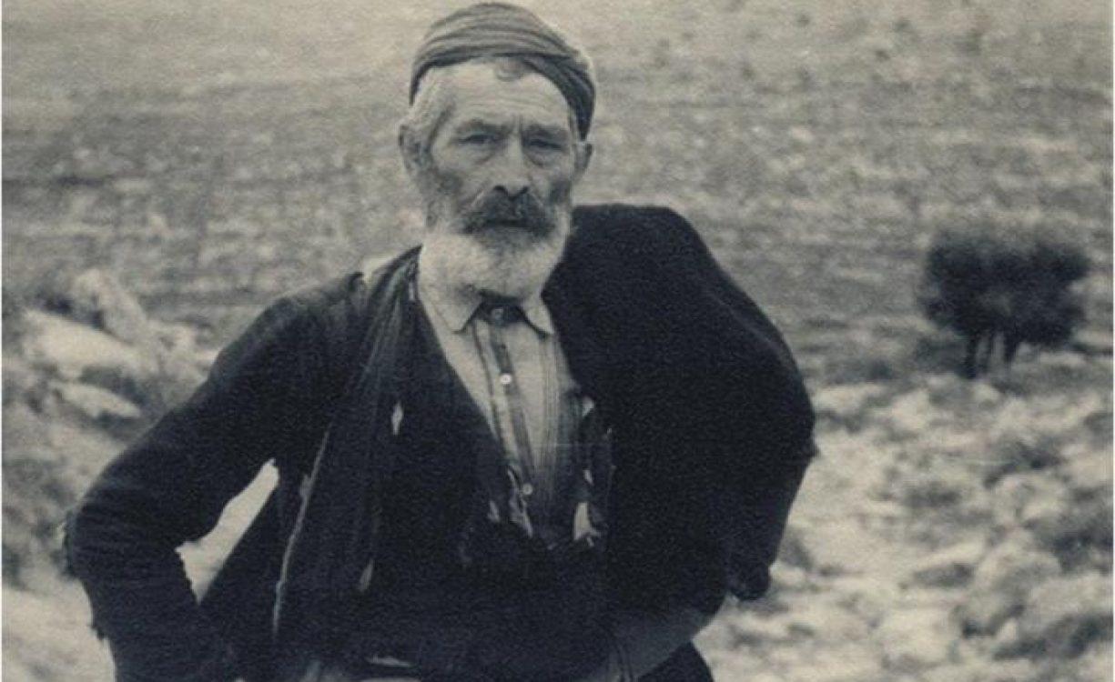 20 Mαϊου 1941: Όταν οι ναζί αλεξιπτωτιστές γέμιζαν τον ουρανό της Κρήτης κι οι Κρήτες αντιστάθηκαν | Σπάνιο φωτογραφικό υλικό