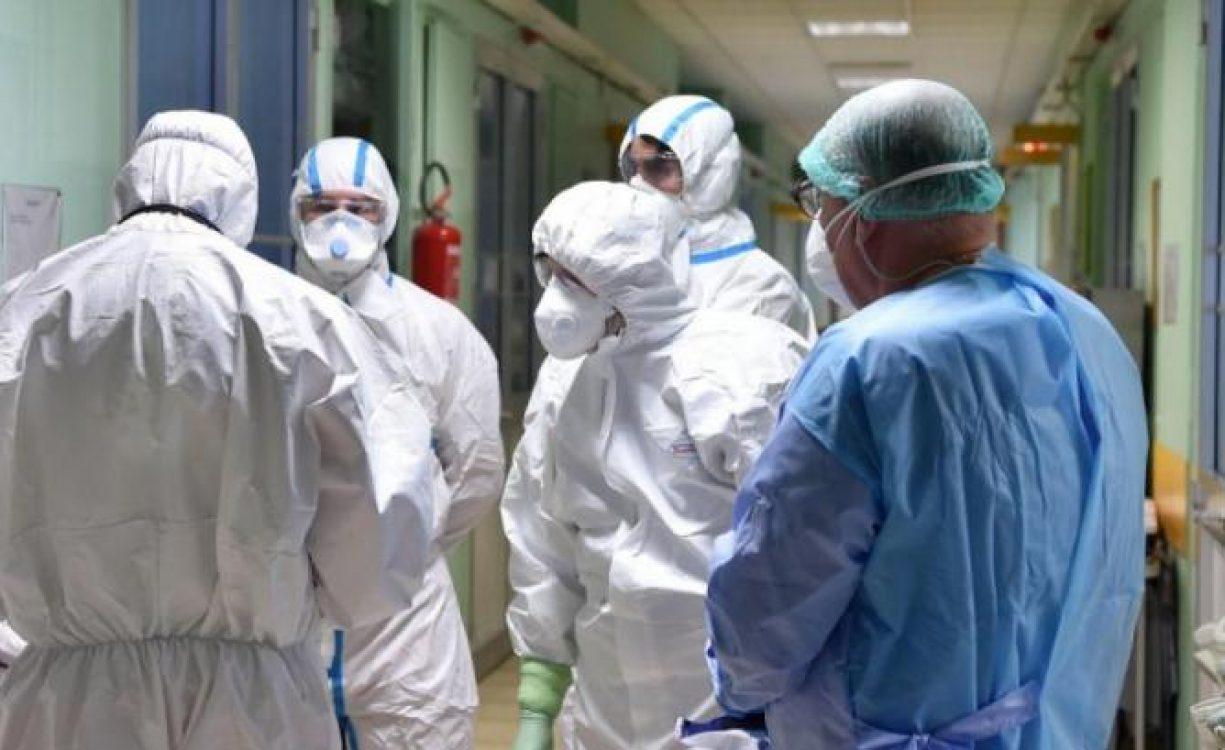 453: Ρεκόρ κρουσμάτων ανακοίνωσε ο ΕΟΔΥ, μόλις 1 στην Κρήτη – 79 οι διασωληνωμένοι, 6 θάνατοι το τελευταίο 24ωρο