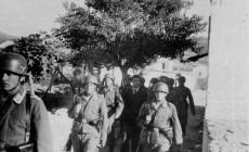 Οι τελευταίες στιγμές του κρητικού αντιστασιακού της Μάχης της Κρήτης Δημήτρη Δροσάκη σε τρεις φωτογραφίες