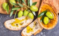 Ελληνική ελιά: Ένας πραγματικός θησαυρός για την υγεία – Τι πρέπει να προσέχουμε!