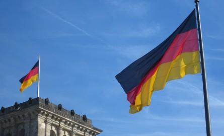 http://agonaskritis.gr/wp-content/uploads/bfi_thumb/flag-germany-2zctzsh0dhf2kagcmd05ca.jpg