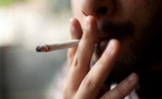 Το κάπνισμα αυξάνει το ρίσκο εμφάνισης κατάθλιψης και σχιζοφρένειας