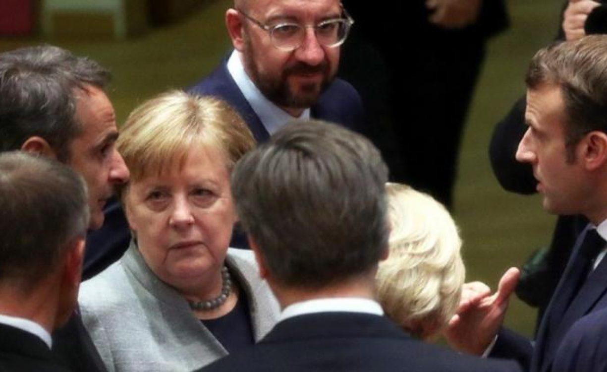 Πάλι η Γερμανία εμπόδιο στη λύση: Η Μέρκελ και τρεις χώρες δορυφόροι επιμένουν εμμονικά στην απόρριψη του ευρωομολόγου – Κ. Μητσοτάκης: Αναντιστοιχία ανάμεσα στους όρους που χρησιμοποιούνται για την περιγραφή αυτής της κρίσης και στα μέτρα που έχουν ληφθεί – Μακρόν: Κίνδυνος να πεθάνει η Σένγκεν