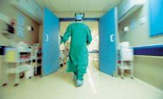 Θύελλα αντιδράσεων κατά ΠΙΣ: Ζητά μετατροπή δημόσιων νοσοκομείων σε ΝΠΙΔ και είσοδο ιδιωτών γιατρών στο ΕΣΥ!