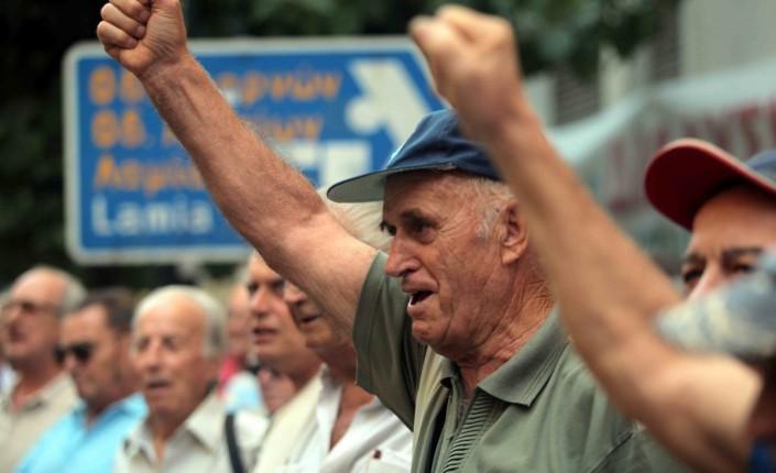 """Οι συνταξιούχοι έδωσαν τη νίκη στον ΣΥΡΙΖΑ – Στη ΝΔ πήγαν οι ψηφοφόροι του ΠΑΣΟΚ – Νεοδημοκράτες ψήφισαν """"Το Ποτάμι"""""""