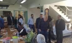 Στο Δημοτικό Γηροκομείο Χανίων αντιπροσωπεία της Νέας Δημοκρατίας ... 4d6d068c2d4